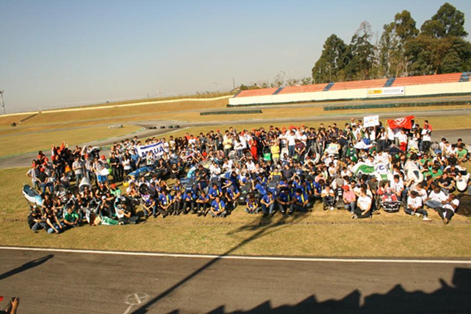 Grande Prêmio Petrobras de Energia Sustentável entre os dias 23 e 27 de abril, no Kartódromo Ayrton Senna, em Interlagos