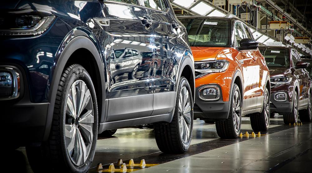 Fábrica da VW no Paraná retoma operações na próxima semana