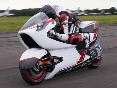 White Motorcycle Concepts vai tentar recorde mundial de velocidade terrestre em 2022
