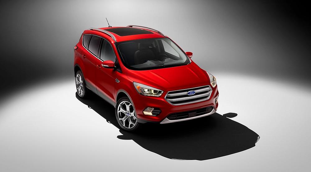 Ford apresenta o novo escape nos Estados Unidos