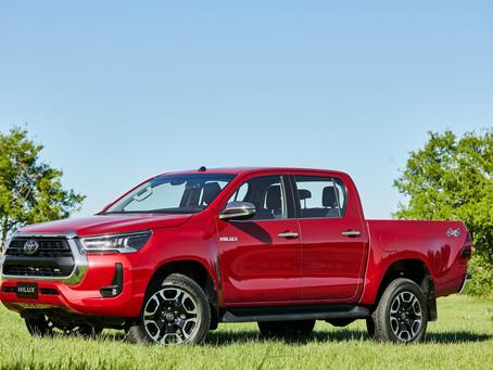 Com mais potência no motor diesel, chega a linha 2021 da Toyota Hilux