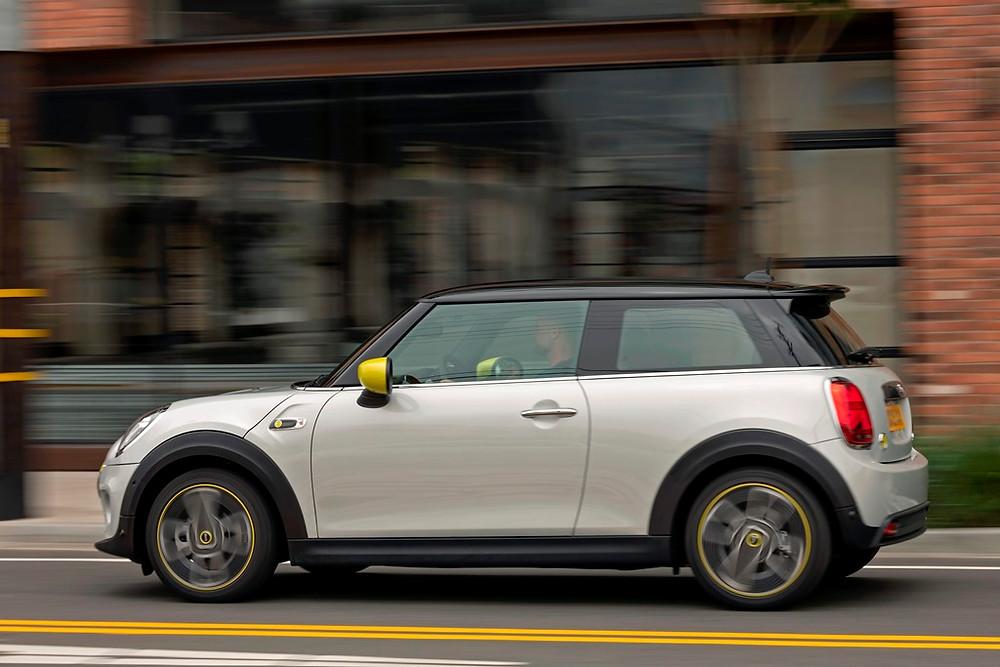 Mini confirma produção de seu primeiro modelo elétrico para novembro