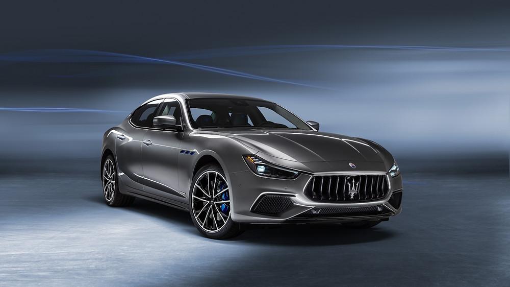 Expressas: Ghibli é o primeiro eletrificado da Maserati