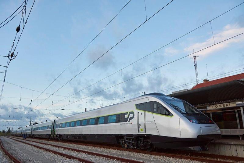 Portugal prepara a aquisição de material ferroviário dual, bi-tensão e bitola variável