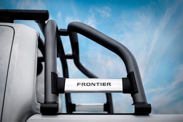 Nissan Frontier 2016 chega às revendas com novidades de tecnologia e segurança