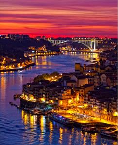 Schultz leva agentes de viagens para conhecer roteiros em Portugal e Galícia