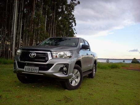 Avaliação - Mais atraente, Toyota Hilux continua como referência em capacidade