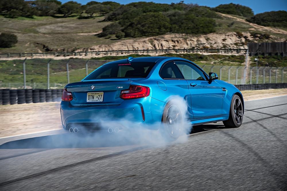 BMW M2 Coupé chega ao mercado brasileiro