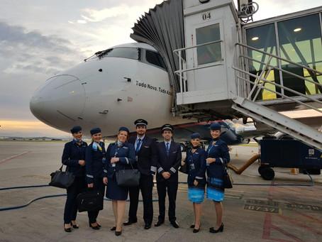 Azul marca estreia na Ponte Aérea com festa em Congonhas e no Santos Dumont