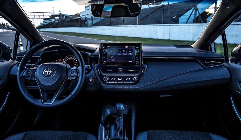 Corolla GR-S já está disponível na rede de concessionárias da Toyota