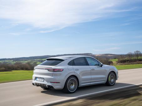Porsche comunica recall de modelos Cayenne