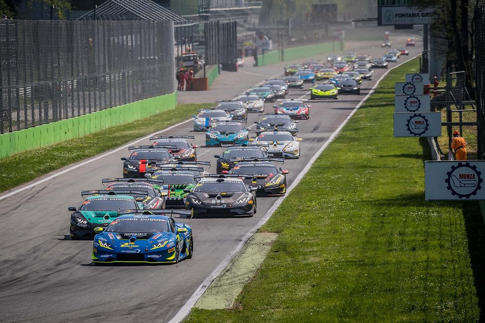 Com brasileiro e mais 30 carros,  Lamborghini Super Trofeo Europe abre temporada em Monza