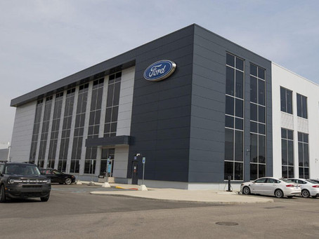 Expressas: Ford vai inaugurar novo centro de pesquisas de baterias para carros elétricos