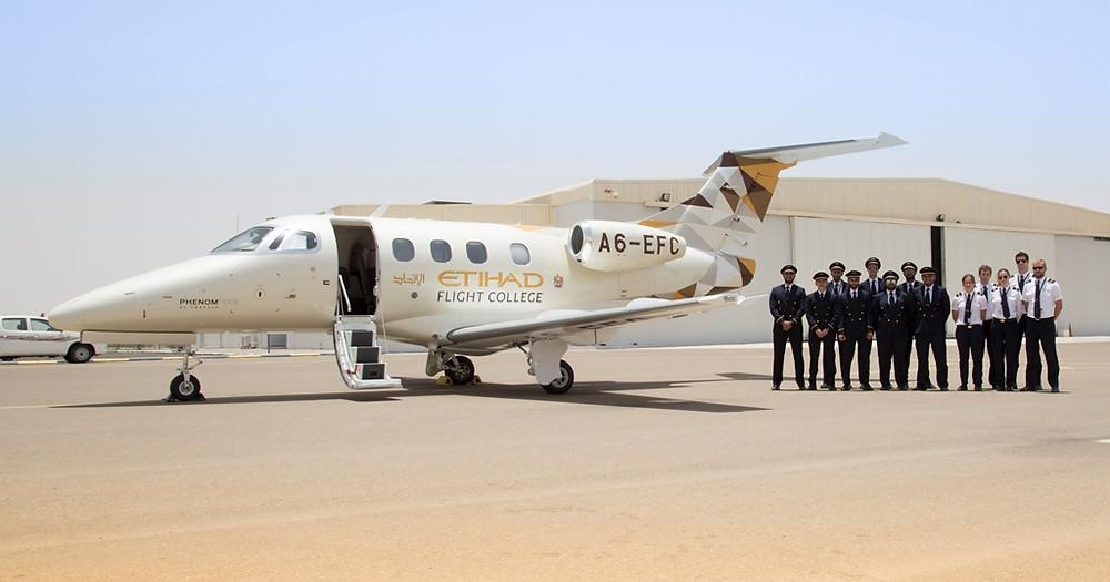 Embraer Aviação Executiva entrega primeiro Phenom 100E para a Etihad Flight College