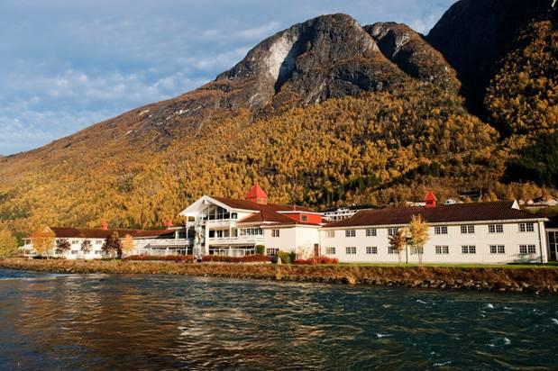 Loenfjord Hotel