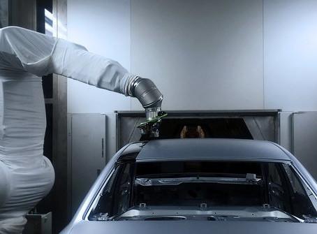 Pintura contrastante em apenas um processo: a Audi testa método sem excesso de pulverização