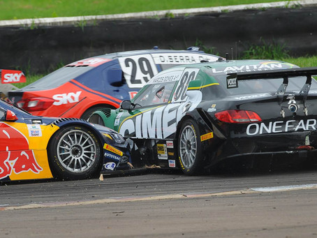 Editorial - O que acontece com as largadas na Stock Car ?