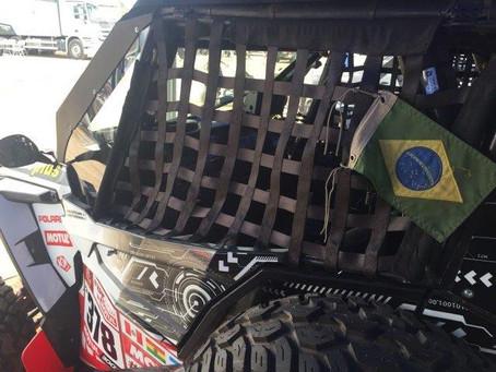 Dupla brasileira Zeca Sawaya e Marcelo Haseyama prontos para a largada do Dakar 2018