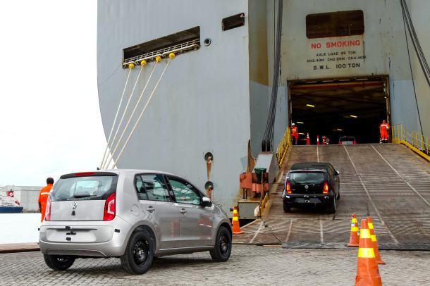 Volkswagen inicia exportação do up! para o Peru