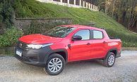 Fiat Strada  Cabine dupla ou simplesestendida?  Rodamos com as duas opções do fenômeno italiano
