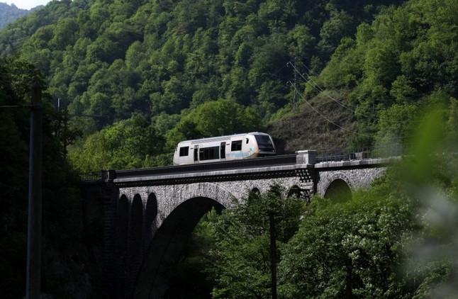Na França, parte de histórica via férrea fechada em 1970 é reaberta.