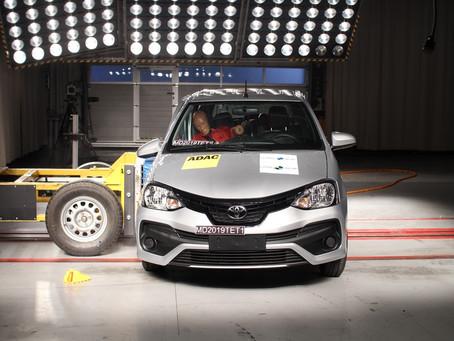 Latin NCAP: Toyota Etios amplia proteção para crianças, com 4 estrelas em teste