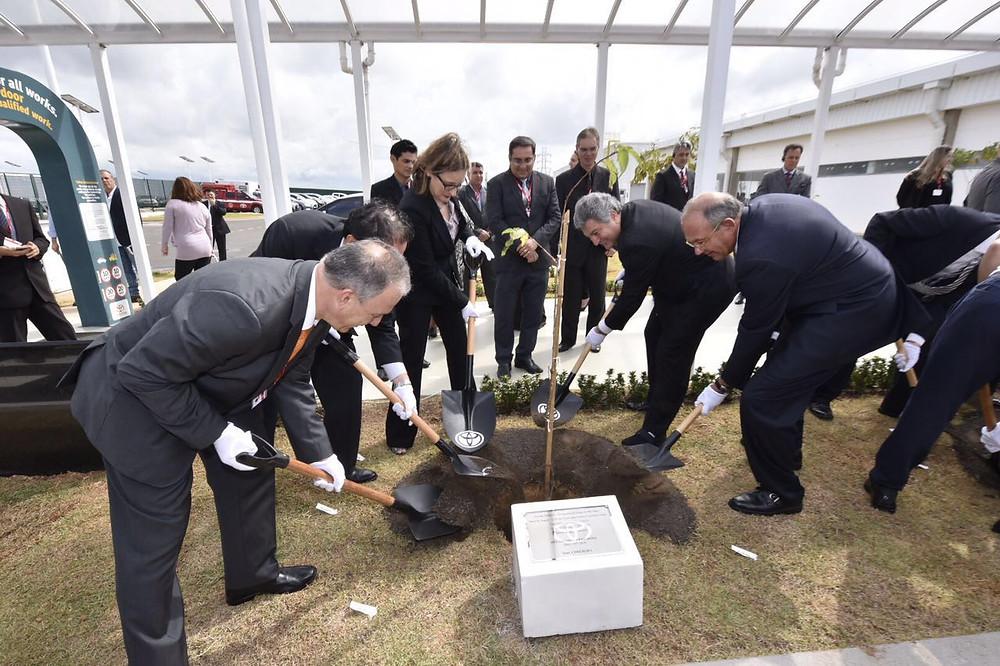 Toyota inaugura fábrica de motores no município de Porto Feliz