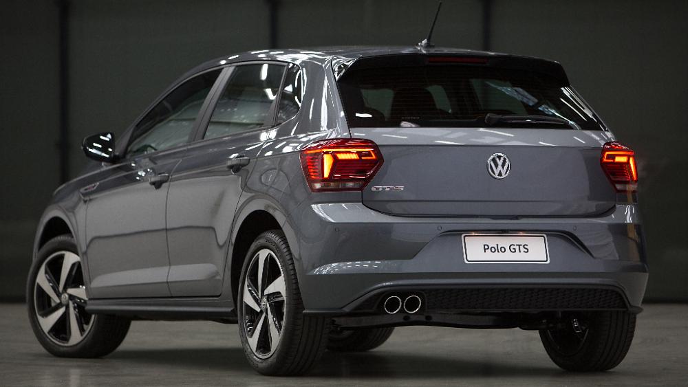 Volkswagen Polo GTS chega nas concessionárias da marca