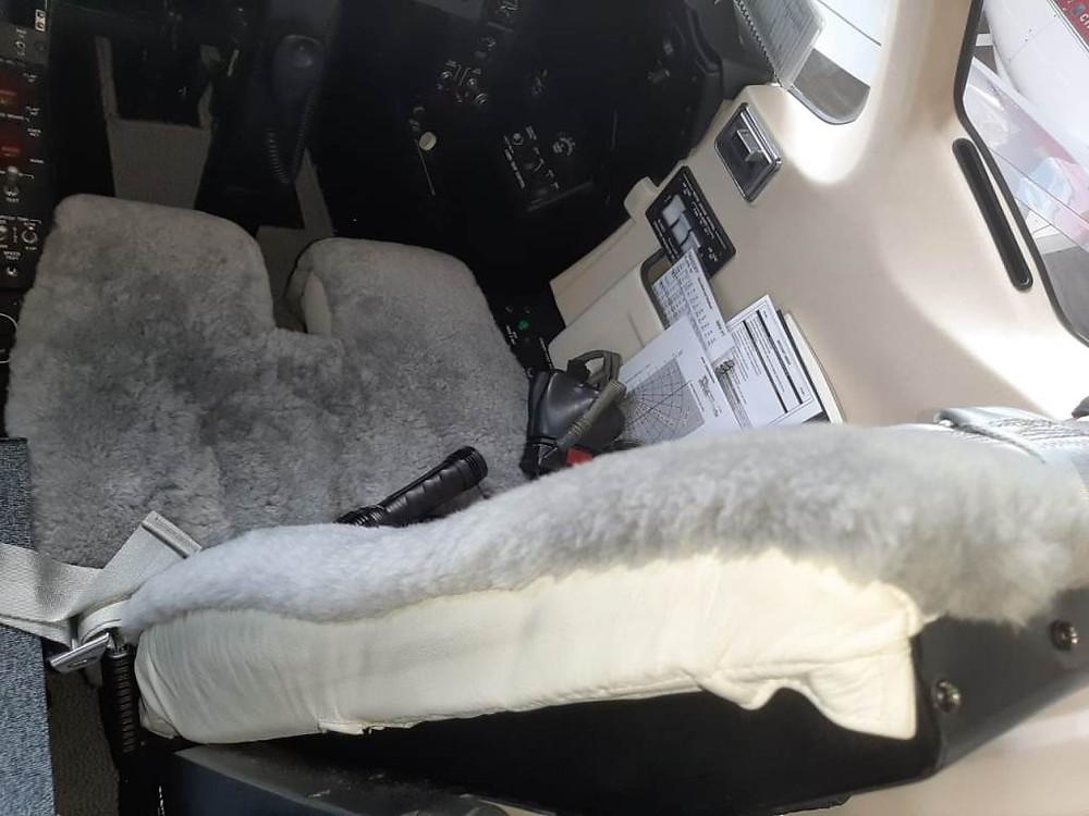 Solojet Aviação entrega Hakwer 400XP com interior totalmente revitalizado