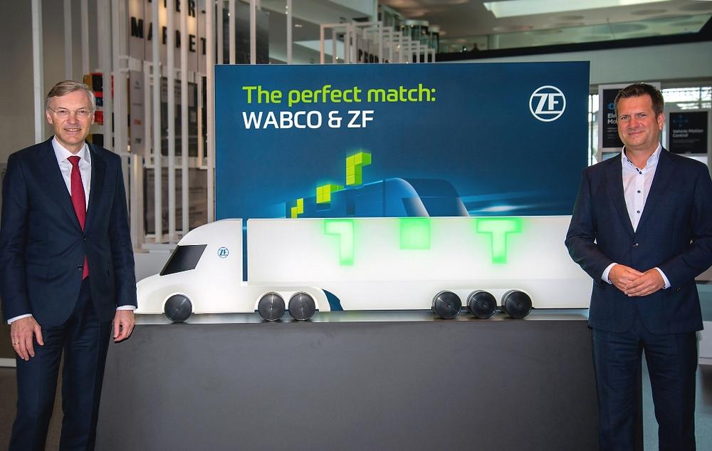 Wolf-Henning Scheider, CEO da ZF, e Fredrik Staedtler, que liderará a divisão Commercial Vehicle Control Systems da ZF