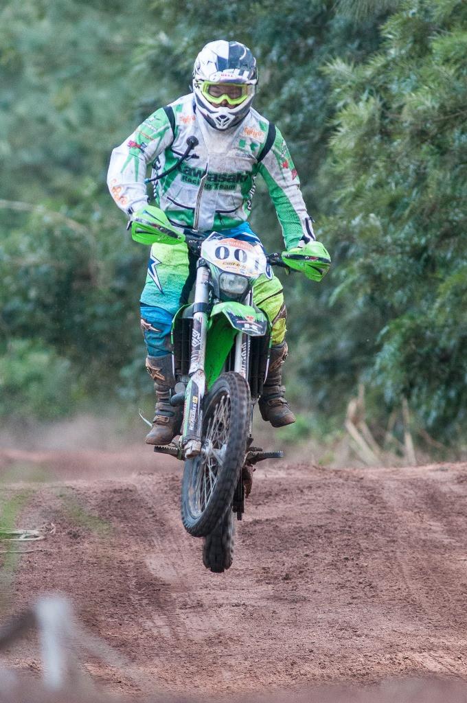 Ramon Sacilotti conquistou o segundo título consecutivo do Rally Cuesta