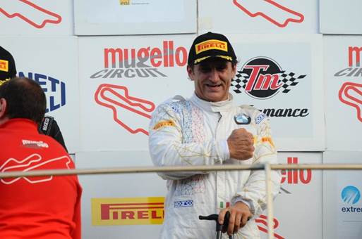 Em retorno ao automobilismo, Alessandro Zanardi conquista vitória histórica com BMW M6 GT3
