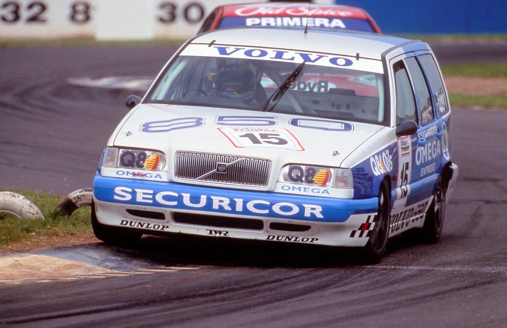 Volvo 850 celebra 25 anos