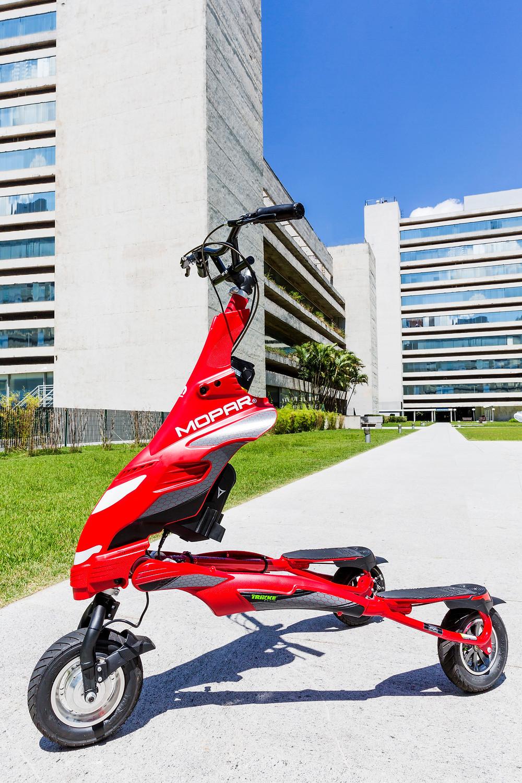 Triciclo elétrico Mopar Trikke é vendido nas concessionárias Fiat.