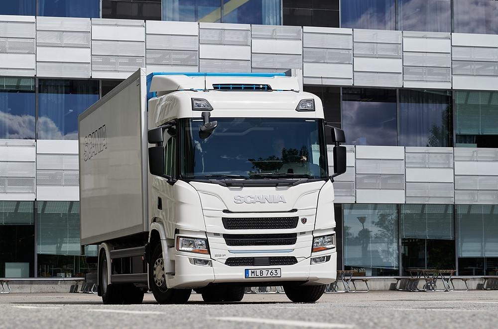 Scania apresenta sua primeira linha de caminhões elétricos na Europa