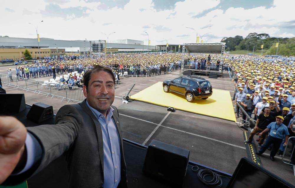 Com evento para sete mil pessoas, Renault celebra 20 anos de fabricação no Brasil