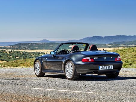 Um dos carros do agente 007, BMW Z3 faz 25 anos