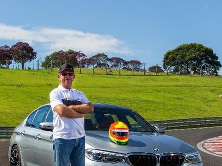 Ingo Hoffmann é o novo piloto oficial de experiências da BMW do Brasil