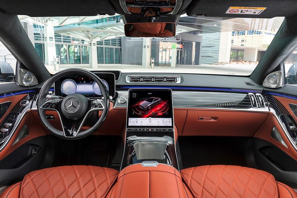 Novo Mercedes-Benz Classe S conta com cockpit com IA de última geração