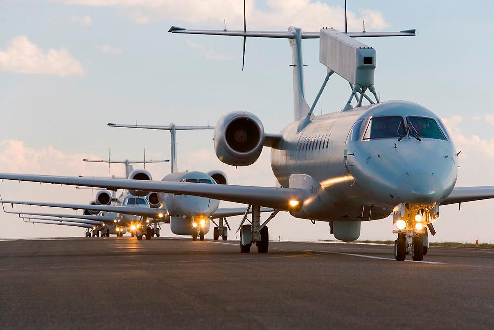 Embraer recebe clientes para celebrar 20 anos de operação do jato ERJ 145