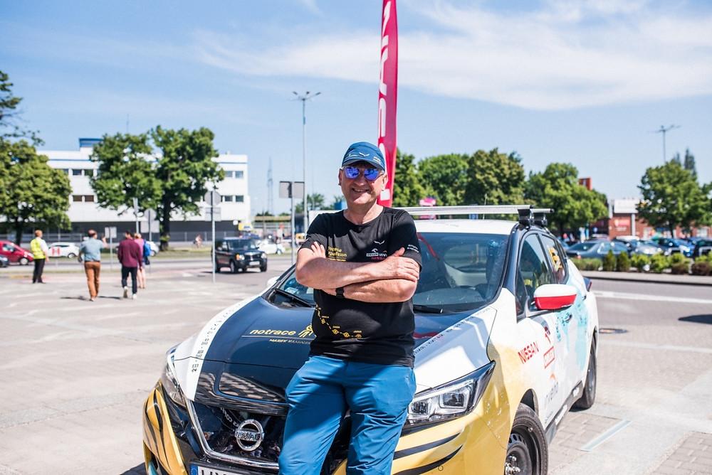 Explorador completa aventura transcontinental de 16 mil km com novo Nissan LEAF
