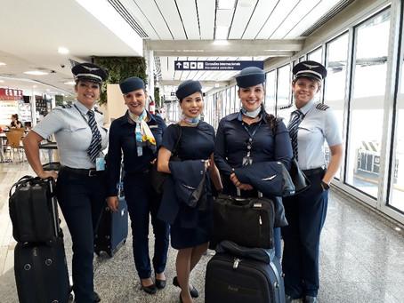 Azul celebrou Dia Internacional da Mulher com 23 voos com tripulação 100% feminina