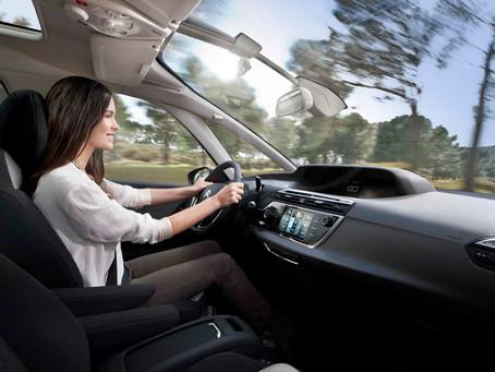 Editorial: Como fica o prazer de dirigir com os veículos autônomos?