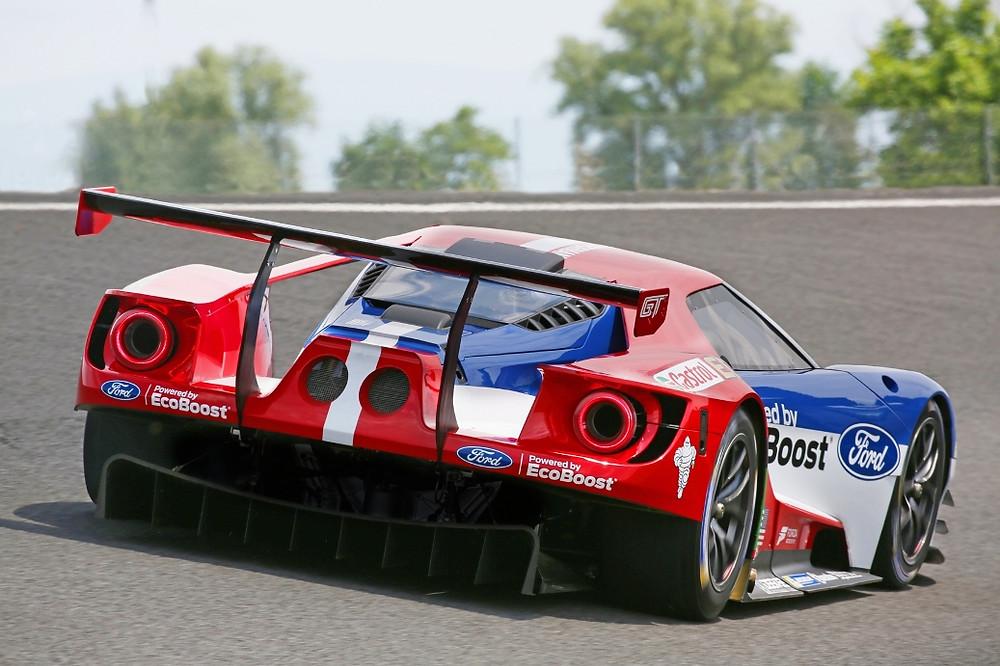 Novo Ford GT estreia nas 24 Horas de Daytona