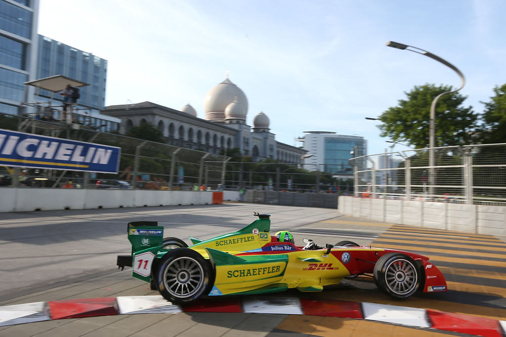 Lucas Di Grassi vence na Malásia e é líder da Fórmula E