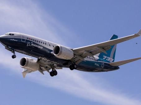 Aviação: Boeing 737 Max já pode voar na Europa, mas com condições