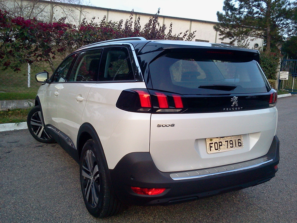 Avaliação: Herdando referências em design, conforto e tecnologia, Peugeot 5008 amplia bem estar.