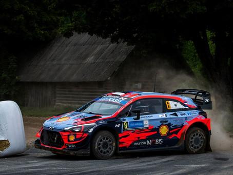 WRC: Ott Tänak em Hyundai i20 vence na estreia do seu país no campeonato