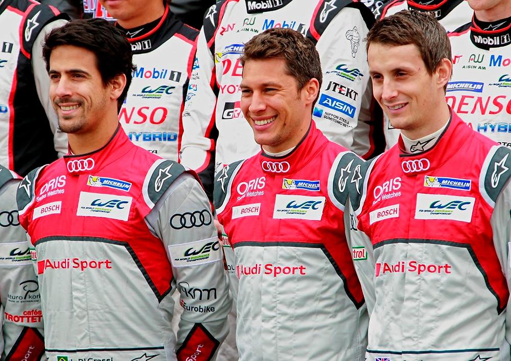 Lucas di Grassi, Loïc Duval e Oliver Jarvi - Audi Nº8