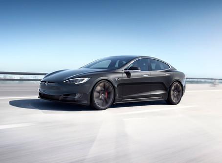 Expressas: Tesla domina vendas de sedans premium nos Estados Unidos no primeiro semestre